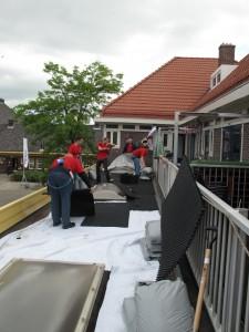 Ymere legt zelf groene daken aan!