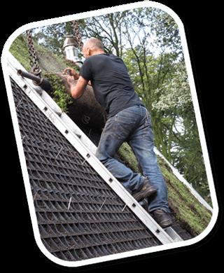 schuine en steile groene daken
